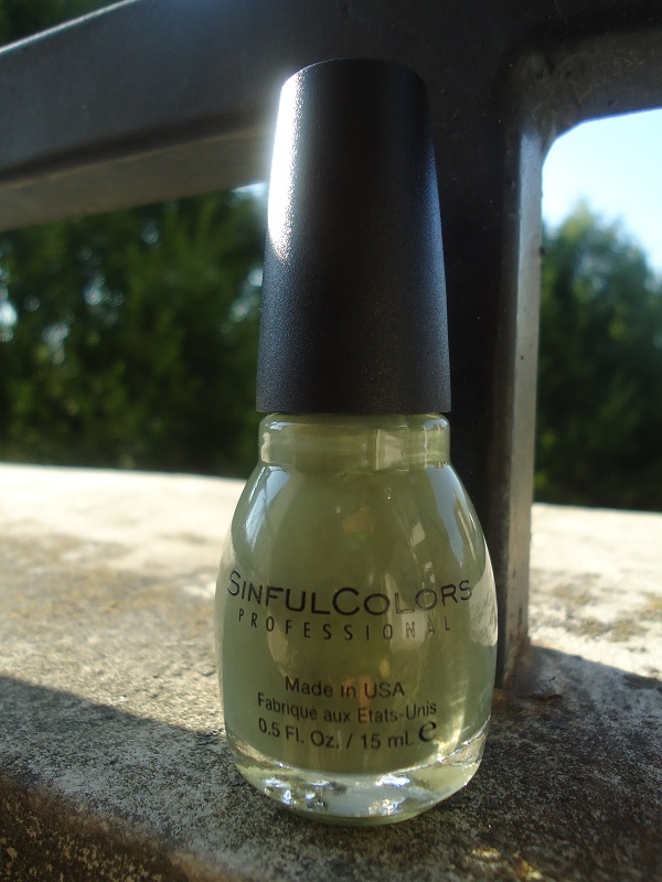 """Vernis  1034   """"Kaki"""" SinfulColors, collection """"Romance Couture"""""""