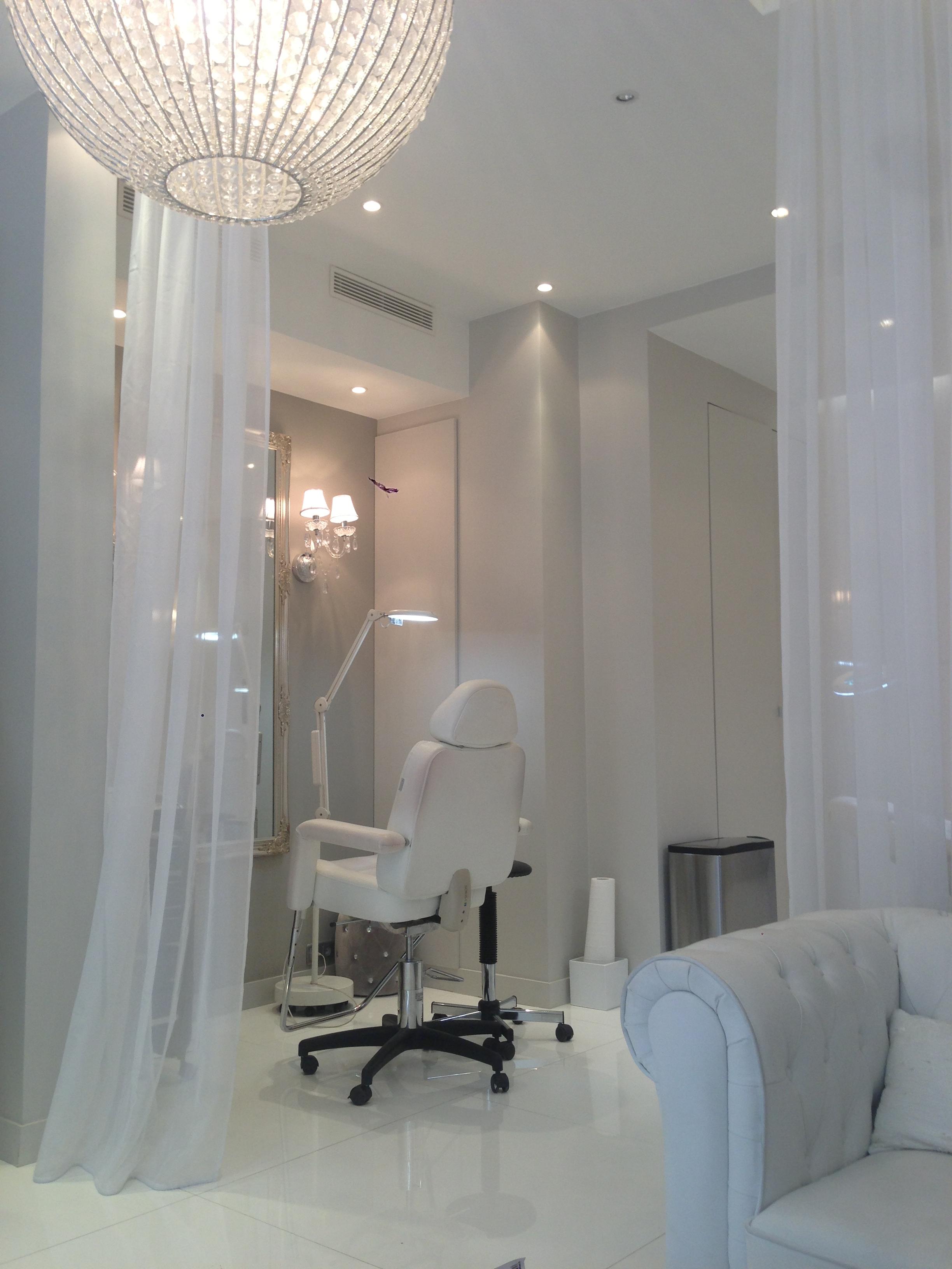 oh les yeux au boudoir du regard blog la beaut selon une parisienne. Black Bedroom Furniture Sets. Home Design Ideas