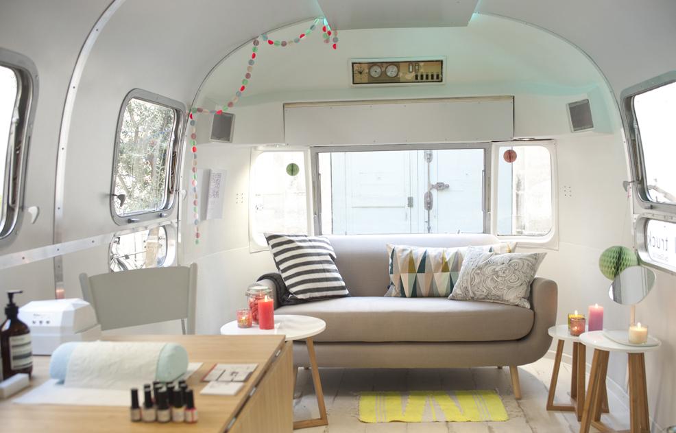 gloss up et l h tel hyatt paris c l brent la journ e de la femme blog la beaut selon une. Black Bedroom Furniture Sets. Home Design Ideas