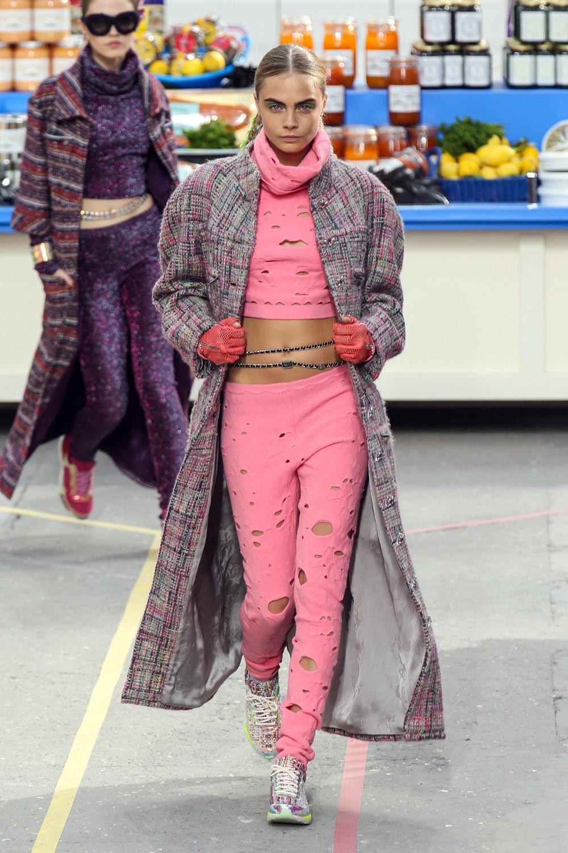 Paris Fashion Week - Cara Delevingne And Kendall Jenner At Chanel